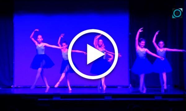 """Una vuitantena de ballarins i ballarines presenten """"Viatges"""" en el festival de final de curs de Gotes d'Art"""