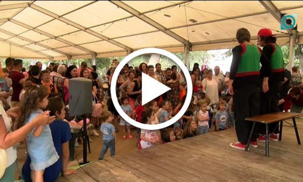 Els més petits de la casa acomiaden el curs amb una festa conjunta de les dues escoles bressol municipals