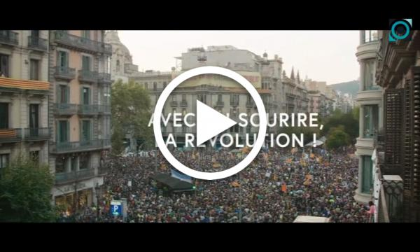 """L'Ajuntament commemora l'1-O amb la projecció del documental """"Avec un sourire, la révolution!"""""""