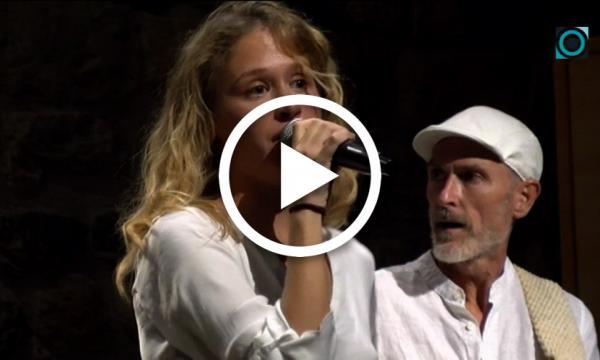 """La jove osonenca Ju presenta els temes del seu segon disc, """"Bandera Blanca"""""""