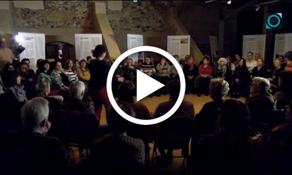 La companyia de teatre Teclasmit reviu La Plaça del Diamant de la mà de Sergi Xirinacs al Castell