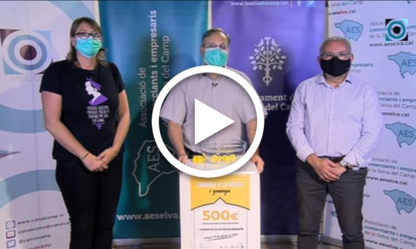 """Sorteig de la campanya """"Compra a la Selva i guanya 500€"""" de l'Associació de Comerciants i Empresaris"""