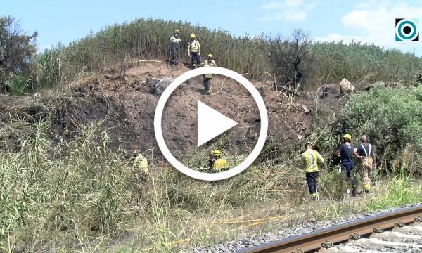 Incendi al camí de Pedrafita a l'alçada de la via de tren